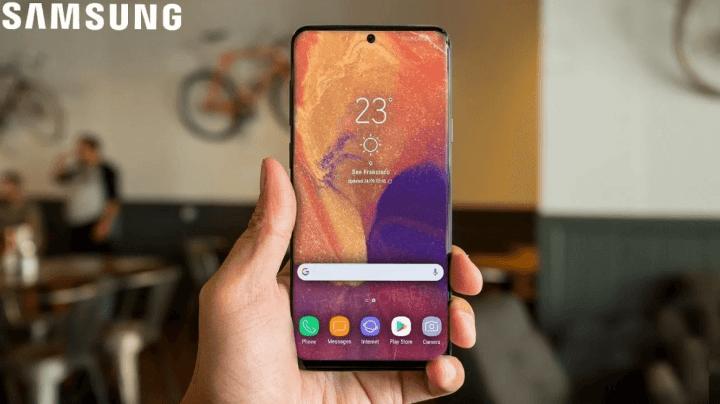 Galaxy A8s com