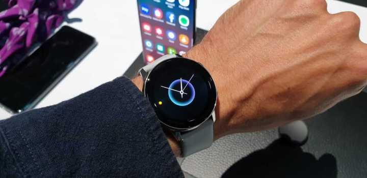 Galaxy Watch Active traz um novo design esportivo fino, leve e versátil