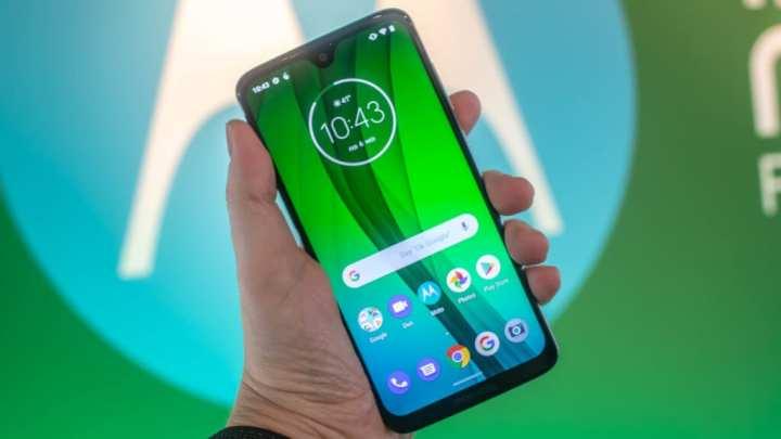 Os mais populares: os 10 smartphones mais buscados no Zoom em março