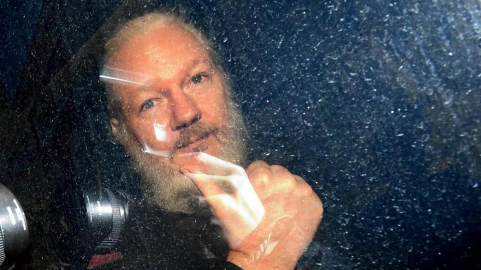 Julian Assange libera todos os segredos do WikiLeaks, após prisão 4