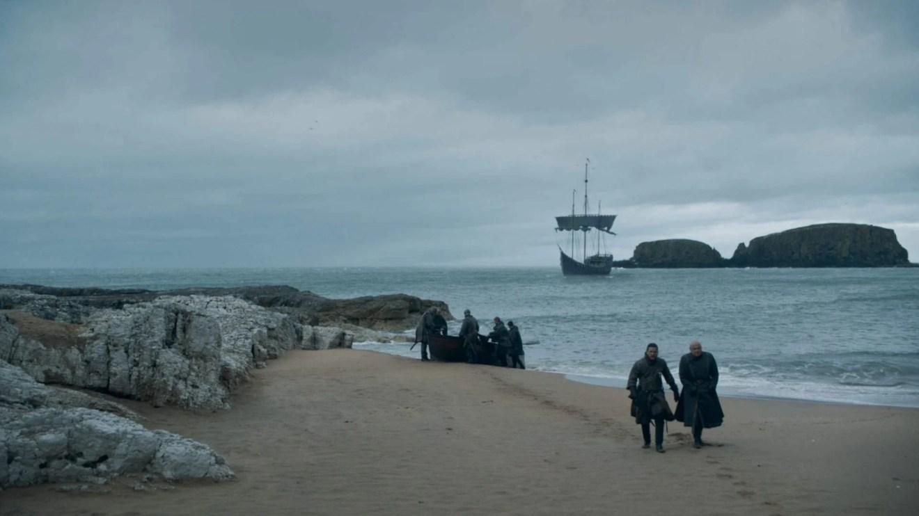 Jon e Varys na prévia do quinto episódio.