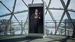 Dalí Vive: pintor espanhol ganha vida com a Inteligência Artificial 13