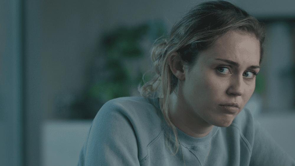 Miley Cyrus em novo episódio de Black Mirror, da Netflix.