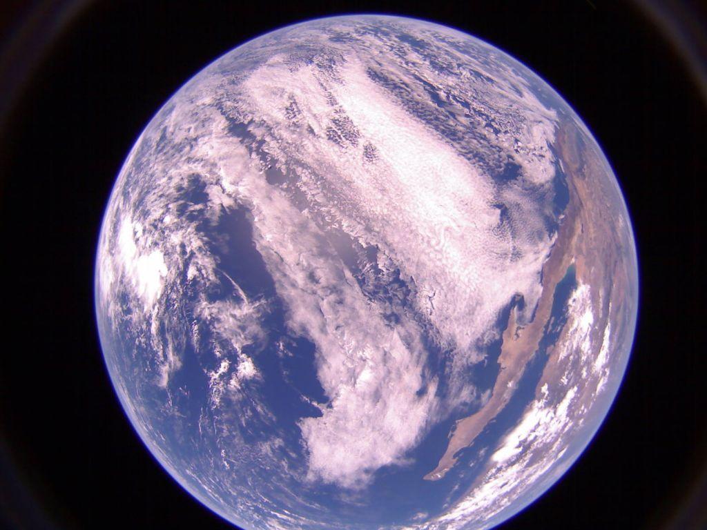 Terceiro registro impressionante que a LightSail 2 fez da Terra no dia 18 de julho de 2019