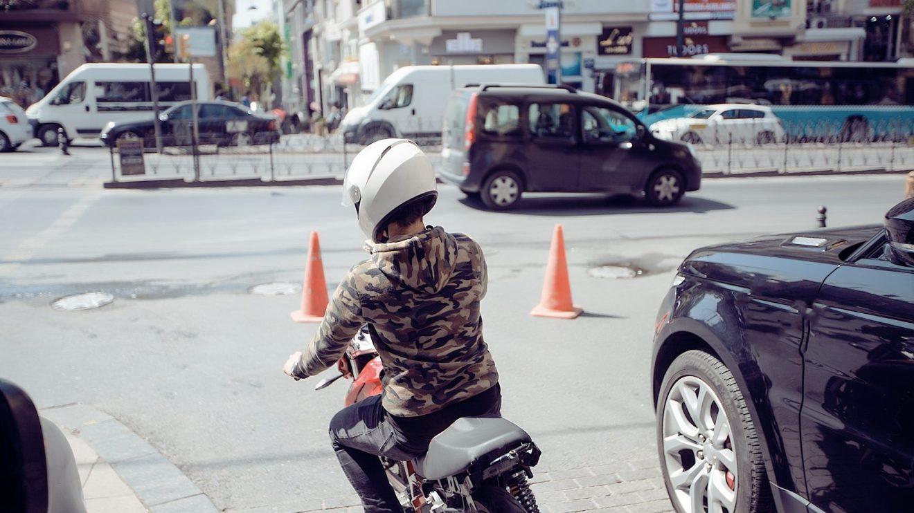 Google Maps ganha moto motocicleta e recursos de segurança