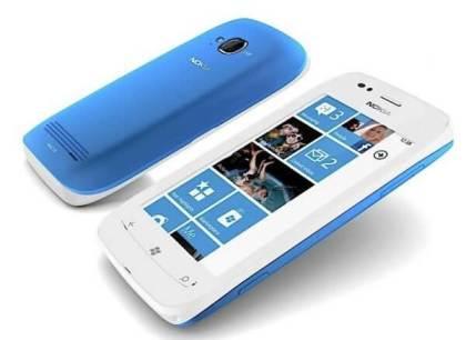 Nokia Lumia 710 - Nokia Lumia 800 e Lumia 710 chegam ao Brasil no primeiro trimestre de 2012