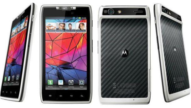 motorola razr branco white 610x344 - Motorola lança smartphone RAZR na cor branca