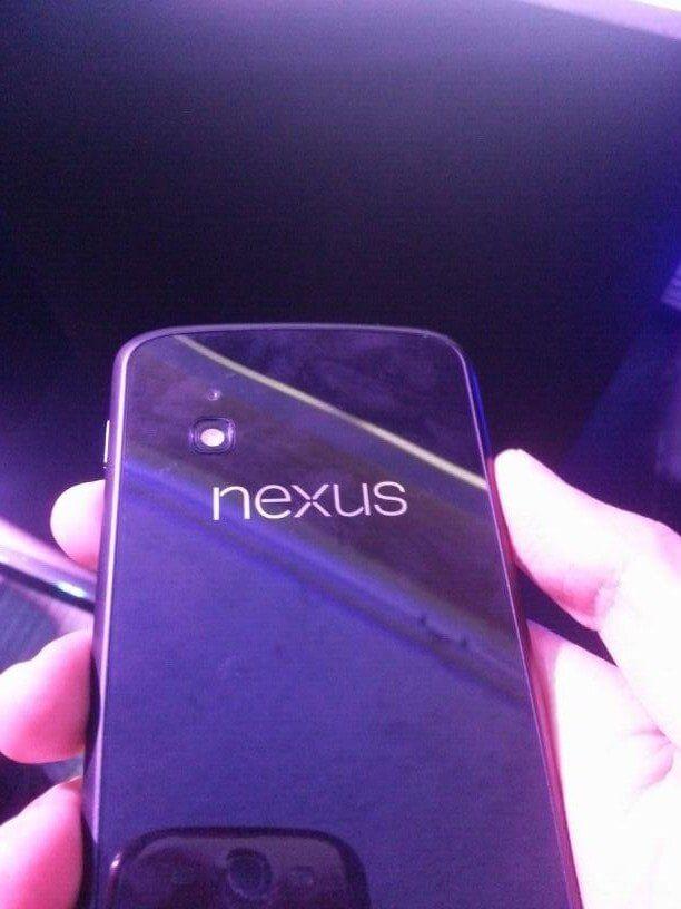 Nexus_4_Android_01