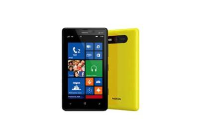 Slide1 - Review: Nokia Lumia 820 (Windows Phone 8)