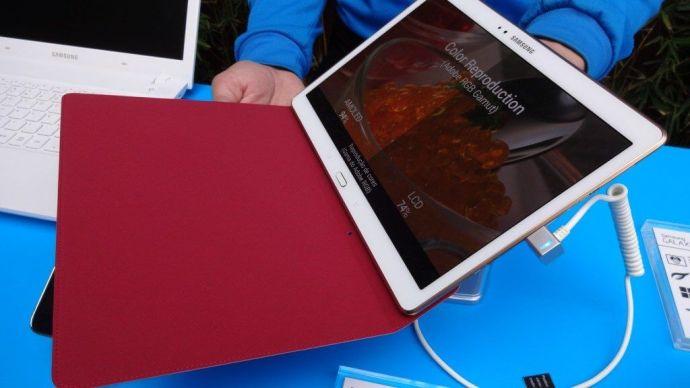 samsung galaxy tab s smt 08 720x405 - Samsung lança nova linha de tablets Galaxy Tab S no Brasil
