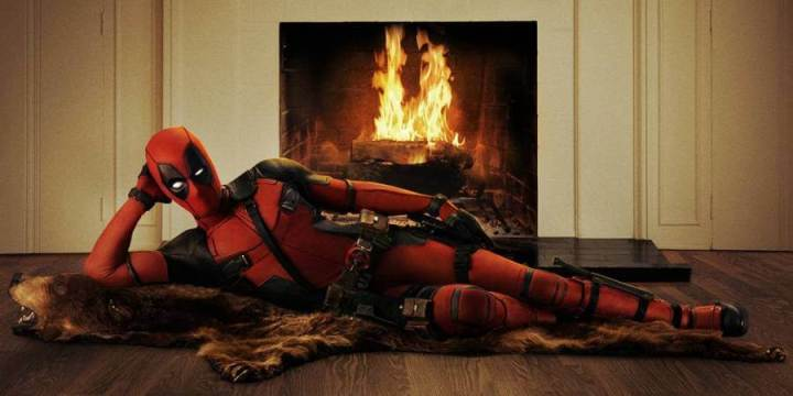 "deadpool primeira foto 720x360 - Ryan Reynolds apresenta oficialmente o visual do ""Deadpool"""