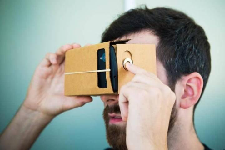 google cardboard 9921 720x480 - Google cria divisão de Realidade Virtual