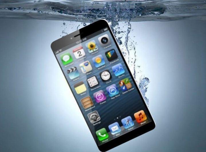 waterproof iphone 7 720x534 - Próximo iPhone deverá ser à prova d'água