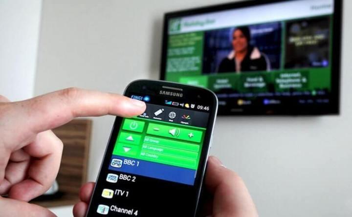 controle remoto smartphone 720x444 - 10 recursos incríveis da nova geração de smartphones Android