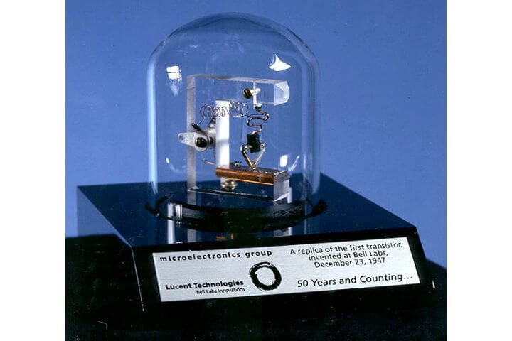 smt-Replica-of-first-transistor