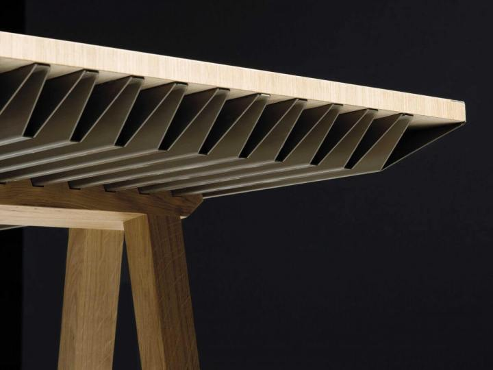 smt zef table 02 720x540 - ZEF Climatic é uma mesa que pode aposentar seu ar-condicionado