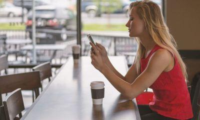 usar-celular-espera