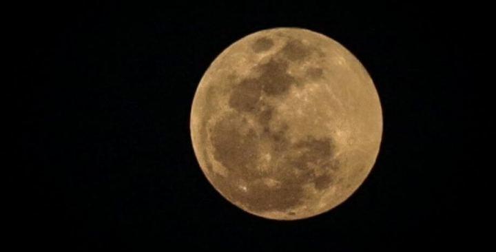 eclipse super lua rj andr horta 720x366 - Veja as fotos do eclipse total da superlua ao redor do mundo