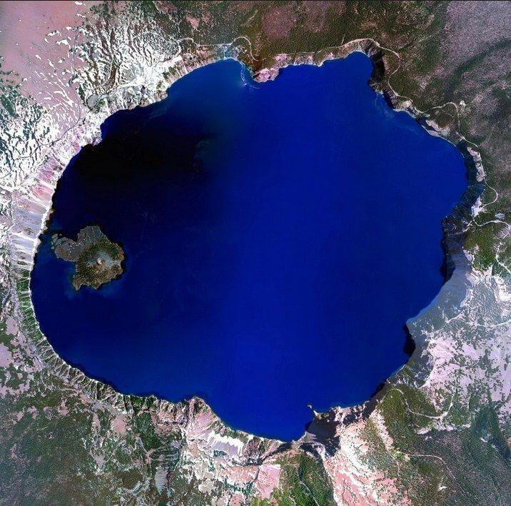 Lago Crater, Klamath County, Oregon, 4 de julho de 2015. (Daily Overview)
