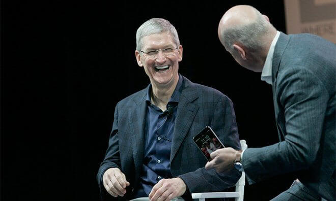 CEO da Apple concede entrevista ao WSJ