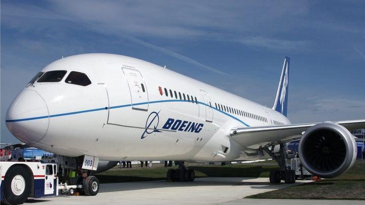smt boeing plane 720x405 - Boeing estuda utilizar nova liga metálica em futuras aeronaves