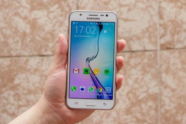 galaxy j5 1 720x480 - Review: Samsung Galaxy J5