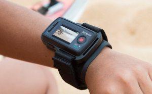 controle sony 300x186 - Sony 4K Action Cam: uma síntese de evolução das camêras de ação