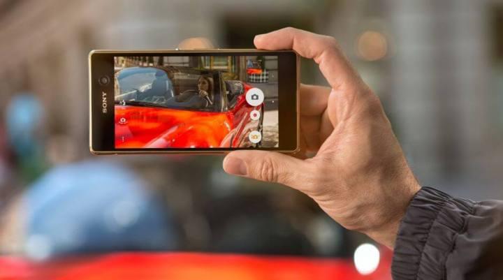 smt xperiam5 p1 720x401 - Intermediário premium: Sony lança o Xperia M5 no Brasil