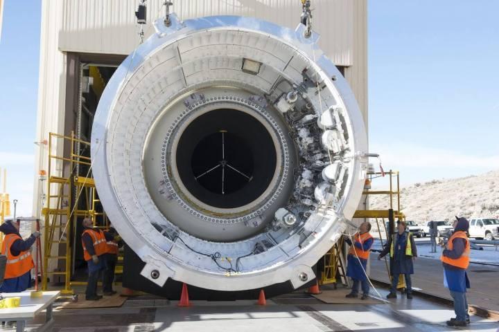 smt nasa p0 720x480 - NASA prepara super foguete para trilhar as novas viagens espaciais