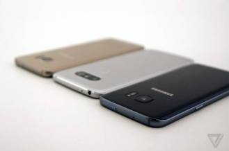 Galaxy-S7-Edge-vs-LG-G5-(12)