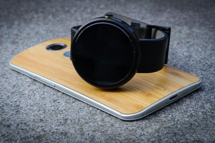 smt-Moto360-P1
