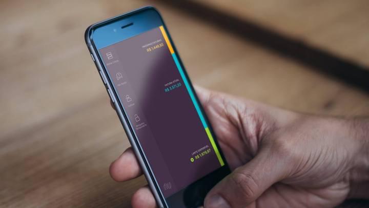 mobile ios panel 720x405 - Vale a pena ter um cartão de crédito Nubank?