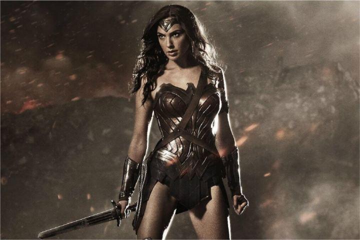 """mulher maravilha gal gadot 720x480 - Confira algumas curiosidades de """"Batman vs. Superman: A Origem da Justiça"""""""