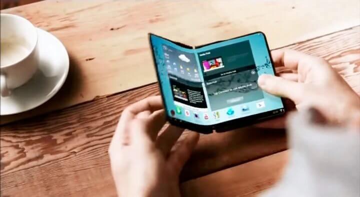 smartphone dobravel samsung 720x395 - Samsung irá lançar dois smartphones com telas dobráveis no próximo ano