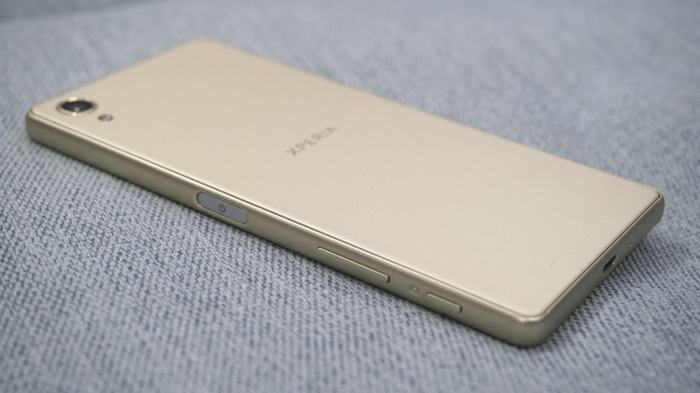 smt XperiaX capa5 720x404 - Review: Sony Xperia X: Um pouco mais do mesmo