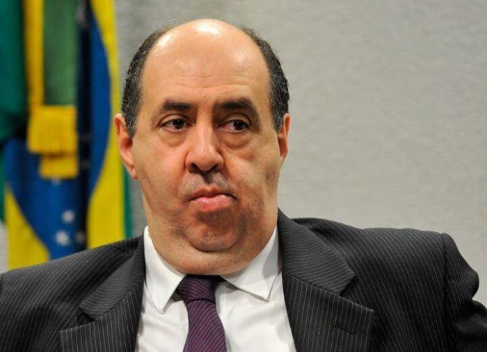 Joao Rezende 720x520 - Tchau, querido: Presidente da Anatel renuncia ao cargo