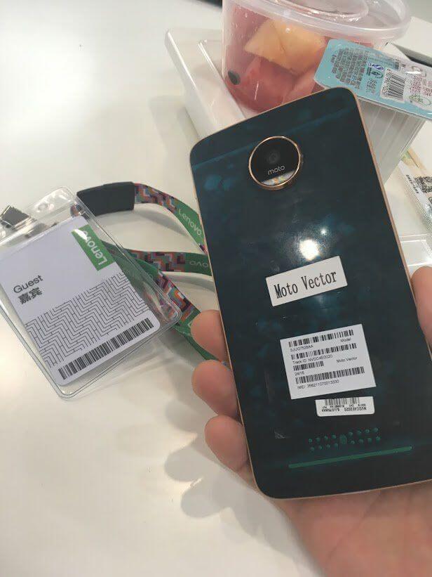 Moto Z Play 2 - Novo aparelho da Motorola tem imagens vazadas; confira