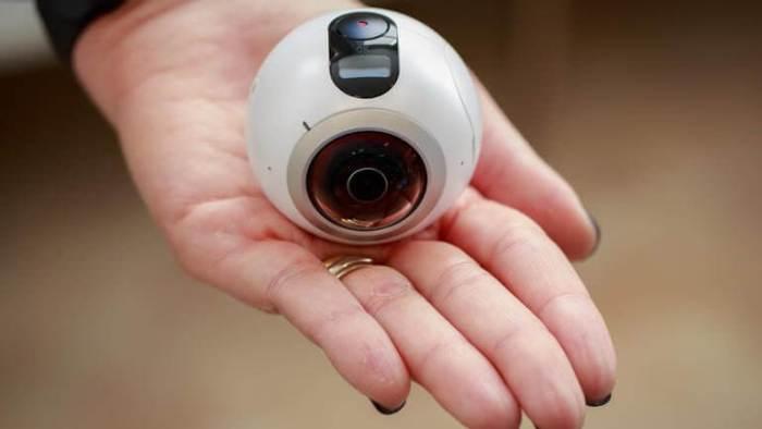 samsung 360 gear 0276 012 720x405 - Review: Samsung Gear 360 te mostra o mundo de outra forma