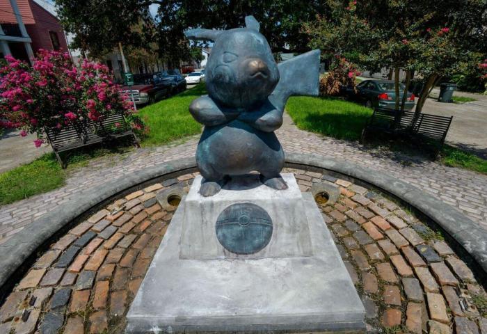 579f872bc4c5e.image  720x494 - PokéMonument: Monumento de Pikachu aparece em cidade dos Estados Unidos