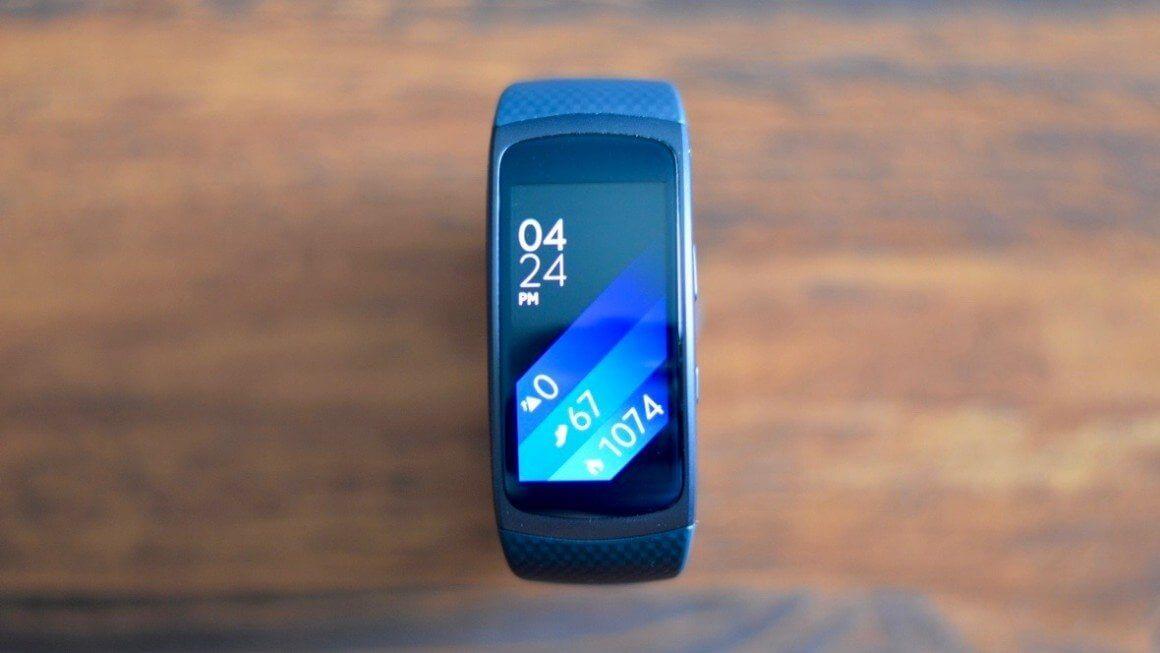 gear fit2 display 1466235185 0bAk full width inline - Review: Samsung Gear Fit2, para monitorar atividades com estilo