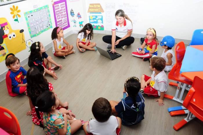 CEAV Jr Escola 02 720x480 - CEAV Jr.: Escola cria aplicativo que reduz uso de papel na sala de aula