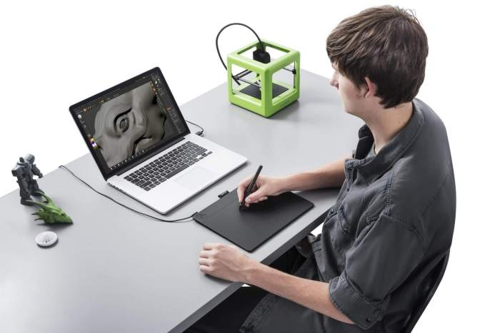 Intuos 3D - Softwares e dispositivos