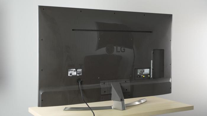 uh7700 back large 720x405 - Review: LG SUPER UHD TV 4K (55UH7700) com Pontos Quânticos e som Harman/Kardon