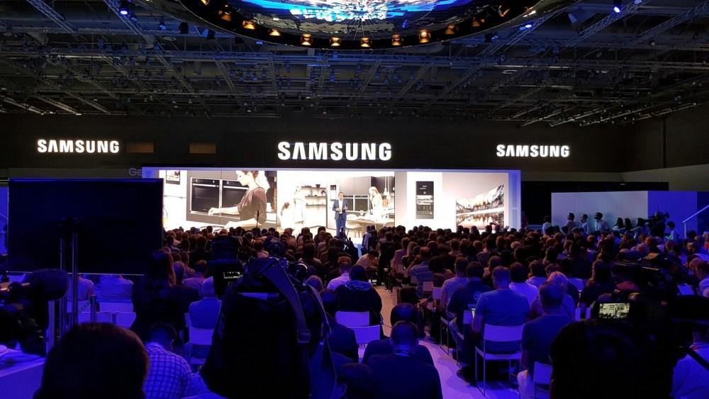 wp image 142134509jpg - IFA 2016: Samsung mostra o futuro das TVs e dispositivos eletrônicos