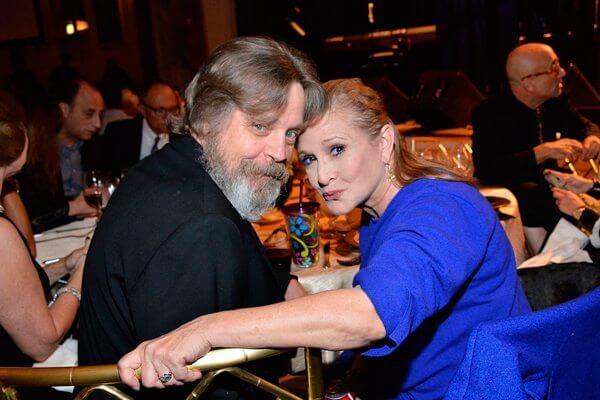"Carrie Fisher - Acaba logo 2016: Carrie Fisher, a princesa Leia de Star Wars, se uniu à ""força"""