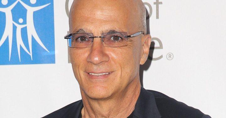 19 jimmy iovine.w1200.h630 720x378 - Executivo da Apple diz que empresa tem interesse em produzir séries de TV