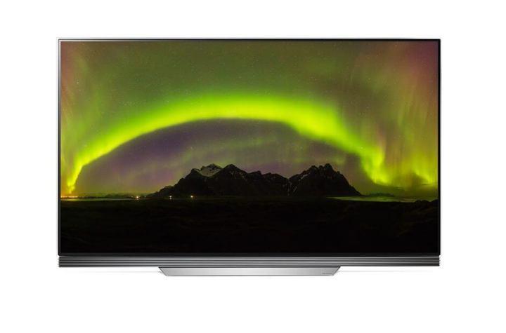 """E7 OLED 4K HDR Smart TV 65 polegadas 720x475 - LG faz bonito com """"Wallpaper TV"""" e recebe mais de 90 prêmios na CES 2017"""