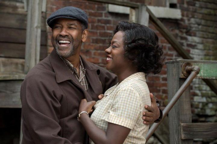 Denzel Washington e Viola Davis em cena de 'Fences' (Foto: Divulgação)