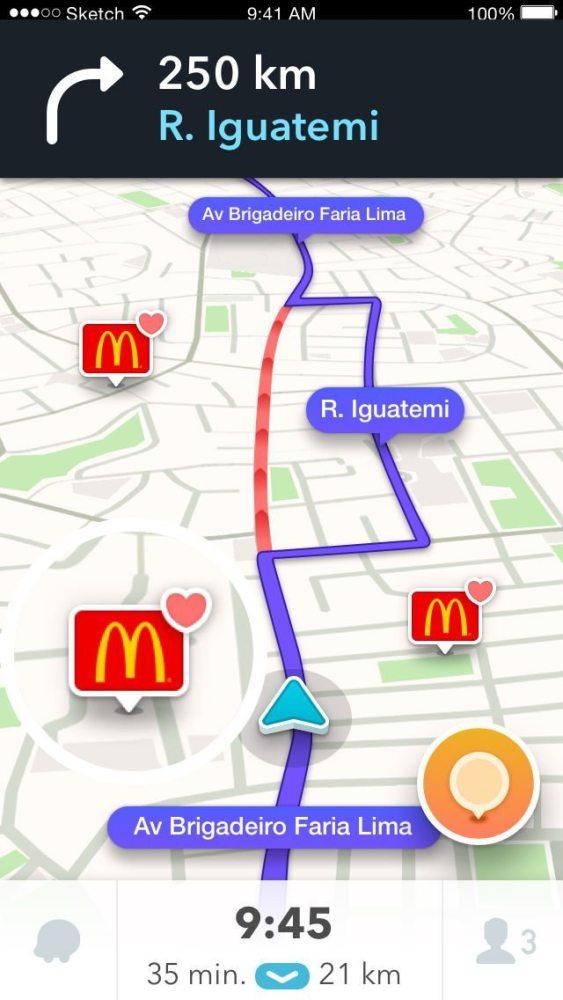 """Tela do Waze com nova funcionalidade """"Favorite Brands"""" (marcas favoritas) exibindo lojas do McDonald's no mapa (Waze/Divulgação)"""