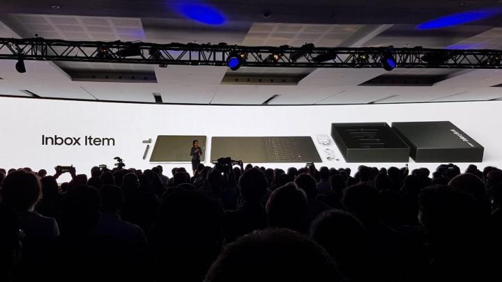 Unknown 4 720x405 - MWC 2017: Conheça os tablets Samsung Galaxy Tab S3 e o Samsung Galaxy Book